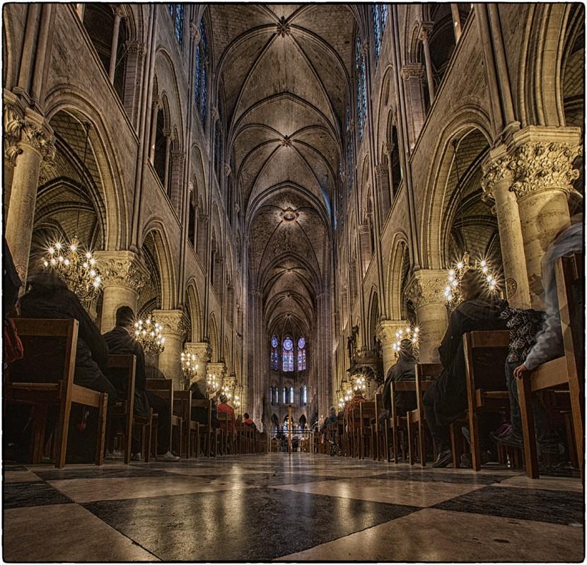 HP_BonusTracks_Notre-Dame.jpg